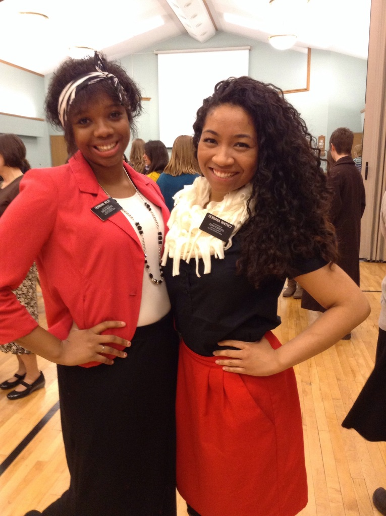Hna Wilkinson y yo! We've been dying to get a pic together because we're the only black Sister's and Hermana's in the entire mission. #History