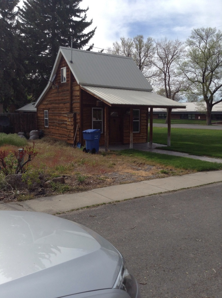 So one of the members of the branch lives in this log cabin...cute right?